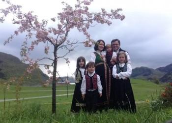 """Норвешке власти одузеле петоро деце румунској породици због """"спречавања индоктринације хришћанством"""" ?!!"""