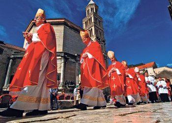 Бозанић: Степинац је оријентир у деловању Католичке цркве у Хрватској