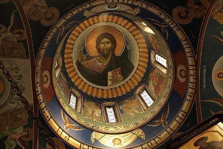 Enterijer-Srpske-Crkve.jpg
