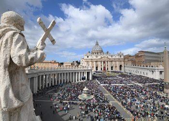 Vatikan ne podržava ni Porošenka ni Vartolomeja – prioritet su mu odnosi sa RPC