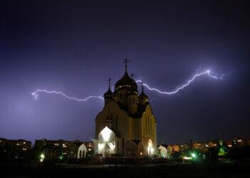 Potrebno vam je malo svetosti da biste prepoznali Svetog – Neverovatne priče monaha Nikona iz Novog skita Svete Gore Atonske. Deo 2.